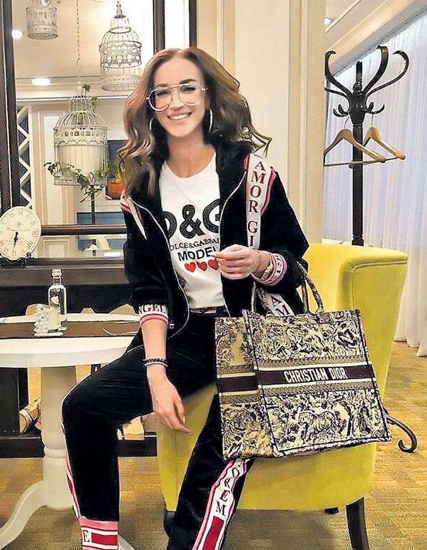 Роскошная жизнь Бузовой: Часы с бриллиантами по цене 3-комнатной квартиры и платье за 5 миллионов