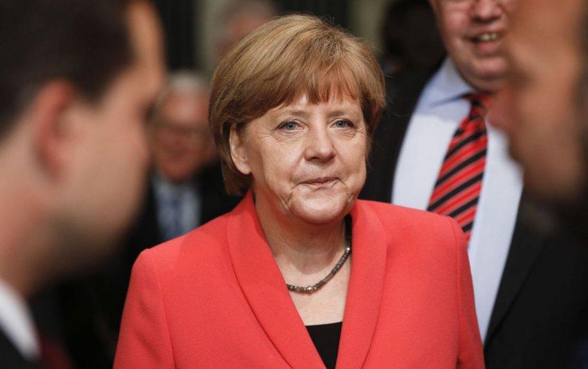 Ангела Меркель назвала причину, почему ее трясло на встрече с Зеленским, но врачи сомневаются