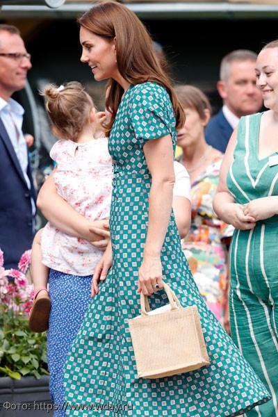 Британские СМИ гадают над причинами стремительного похудения Кейт Миддлтон