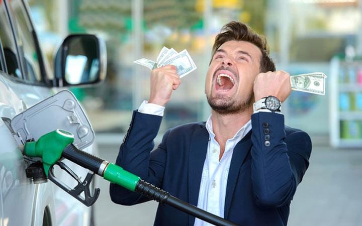 Правительство предупредили о новом скачке цен на бензин летом 2019 года