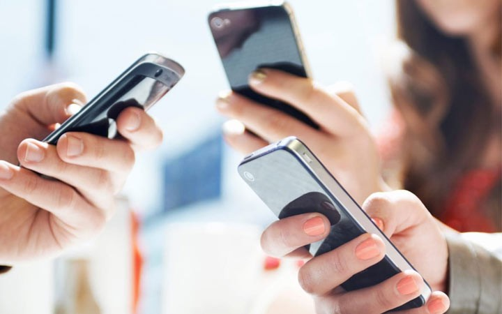 Россиян могут обязать платно регистрировать свои телефоны в 2019 году