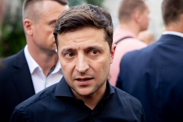 Возмущенные украинцы предъявили Зеленскому претензии