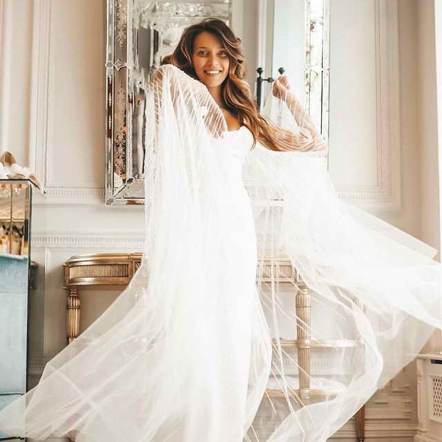 Регина Тодоренко показала свою свадьбу мечты, превратив ее в фильм