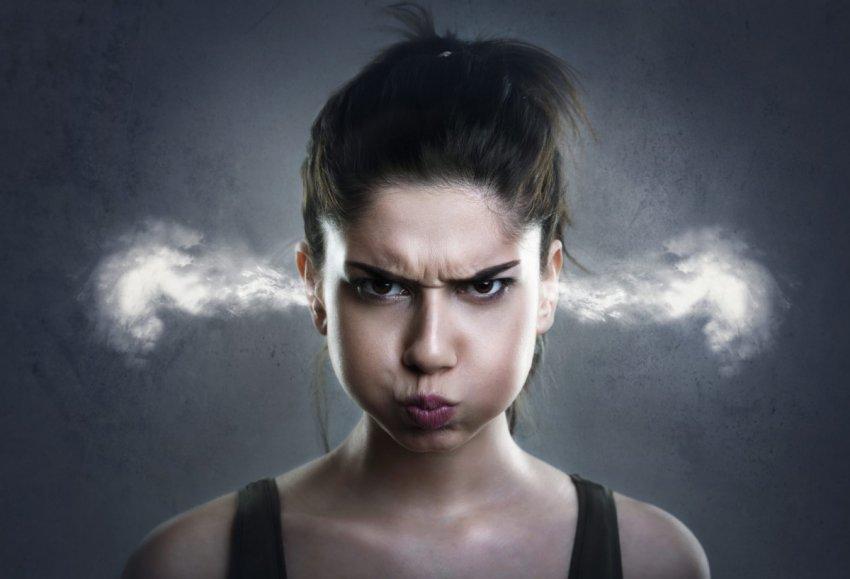 Как достичь спокойствия и научиться контролировать негативные эмоции?