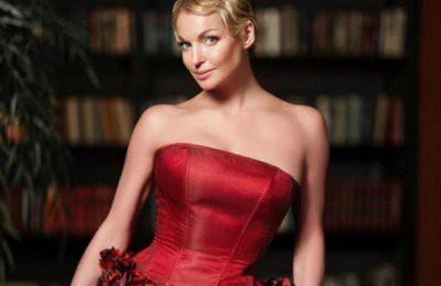 Волочкова рассказала, кто оплачивает ее роскошную жизнь