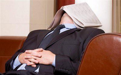 Врачи рассказали, чем полезен дневной сон и сколько нужно спать в обед