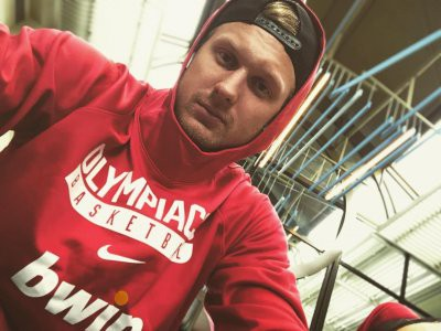 27-летний баскетболист Янис Тимма ушел от жены ради Анны Седоковой