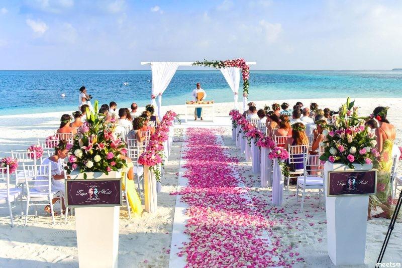 Свадьба за границей: начало жизни «по-богатому» в качестве самопиара