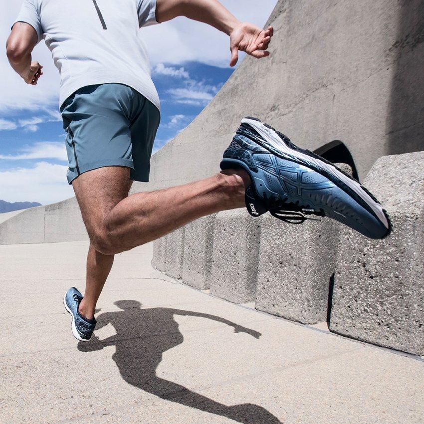 Как размер ноги мужчины влияет на его физические и душевные качества