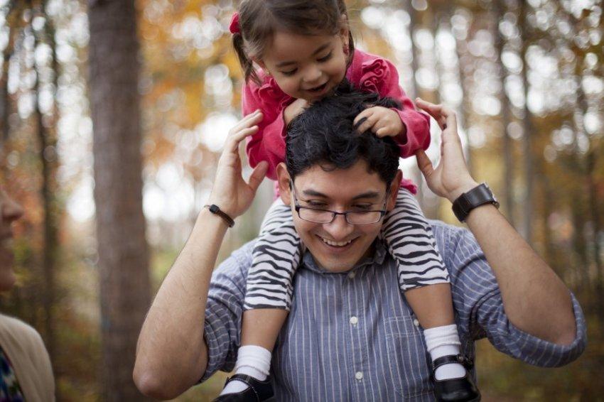 Роль отца в воспитании дочери больше, чем роль матери