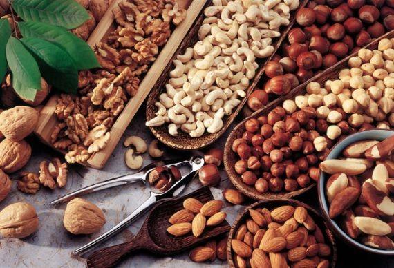 Названы продукты, которые полезно есть ежедневно для защиты от рака