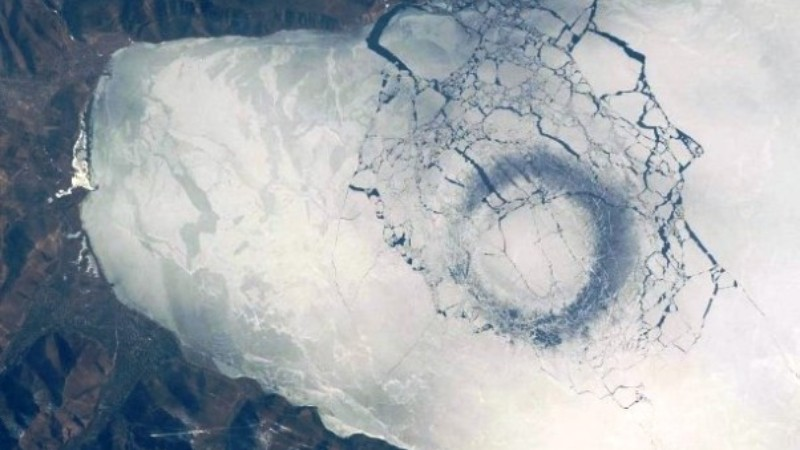 Тайна огромных ледовых колец на Байкале раскрыта