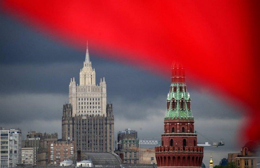 Геральдика: о чем говорят главные символы России?