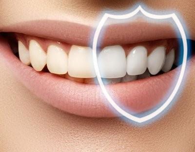 Гастроэнтеролог рассказала, когда налет на зубах может быть симптомом заболеваний ЖКТ
