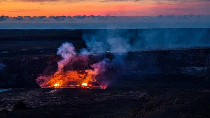 На Гавайях просыпается вулкан, который спал около четырех тысяч лет