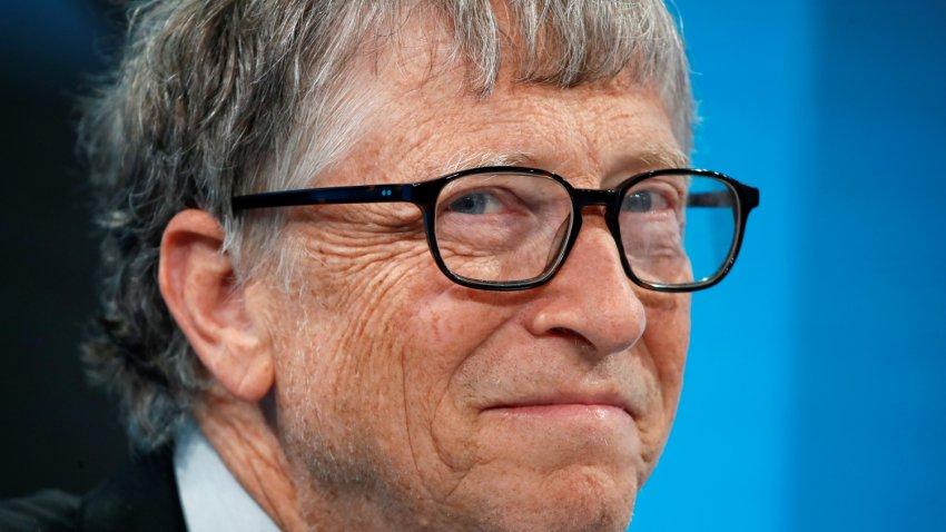 Билл Гейтс заявил, что США смогут победить коронавирус только к концу 2021 года
