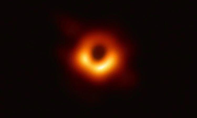 Если провалиться в чёрную дыру?