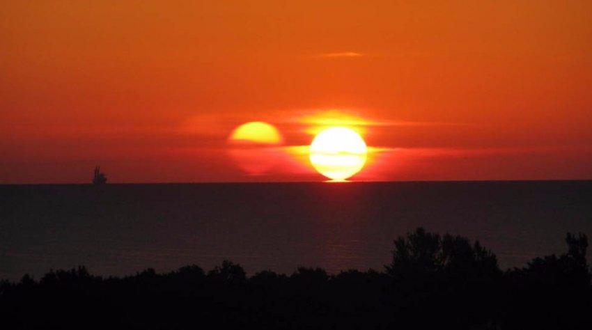 Когда-то над Землей восходили два Солнца: ученые подтвердили это факт