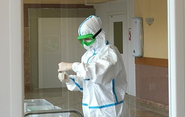 Вирусолог объяснил рекордный прирост заболевших коронавирусом в России