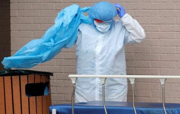 В России выявлено 13,6 тысячи новых заболевших коронавирусом