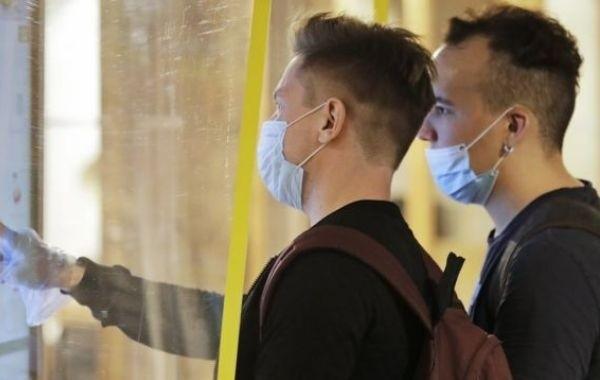 Названы сроки завершения пандемии коронавируса в России