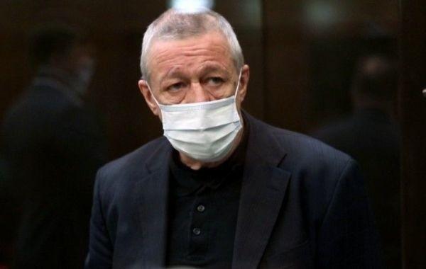 Михаил Ефремов надеется на смягчение приговора