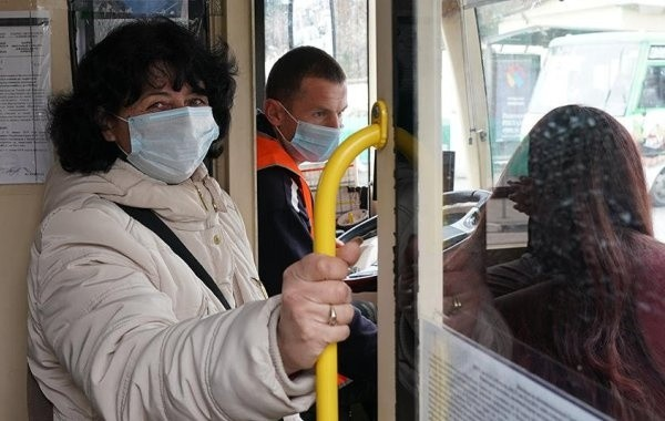 В Санкт-Петербурге начали действовать новые ограничения из-за коронавируса