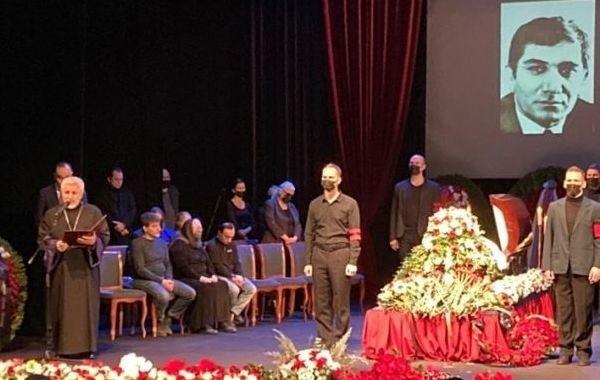Похороны Армена Джигарханяна проходят в Москве