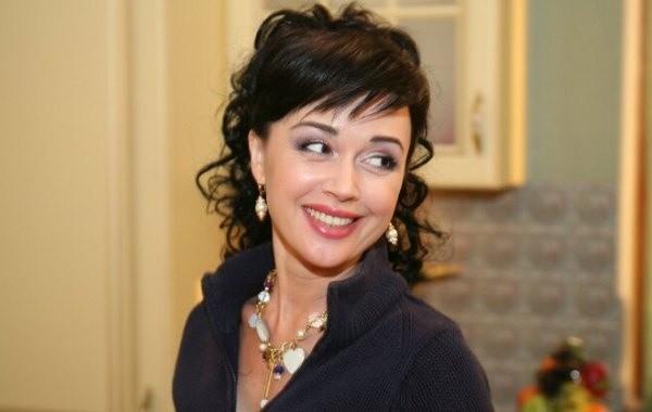 Дочь Заворотнюк опровергла информацию о возвращении актрисы на телевидение