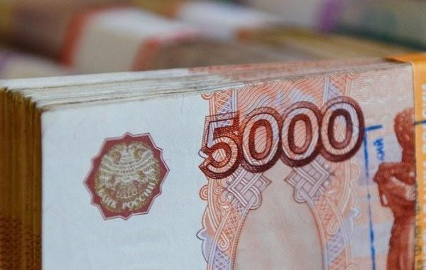 Россияне с детьми ждут от властей выплаты на детей в декабре