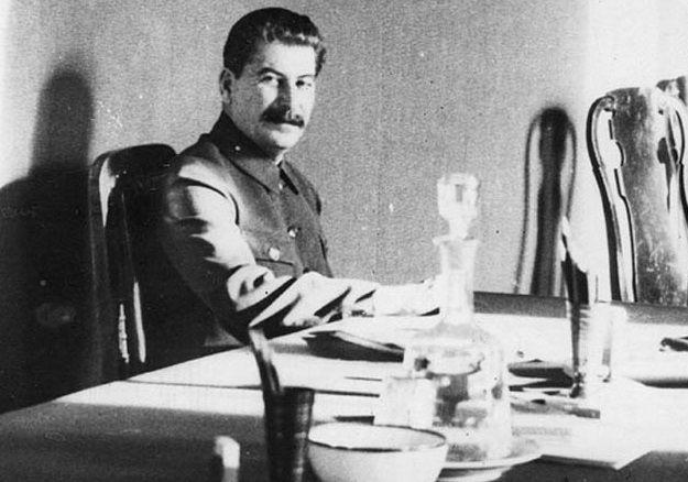 Секретные проекты Сталина: оккультизм, страшные яды и супер туннель