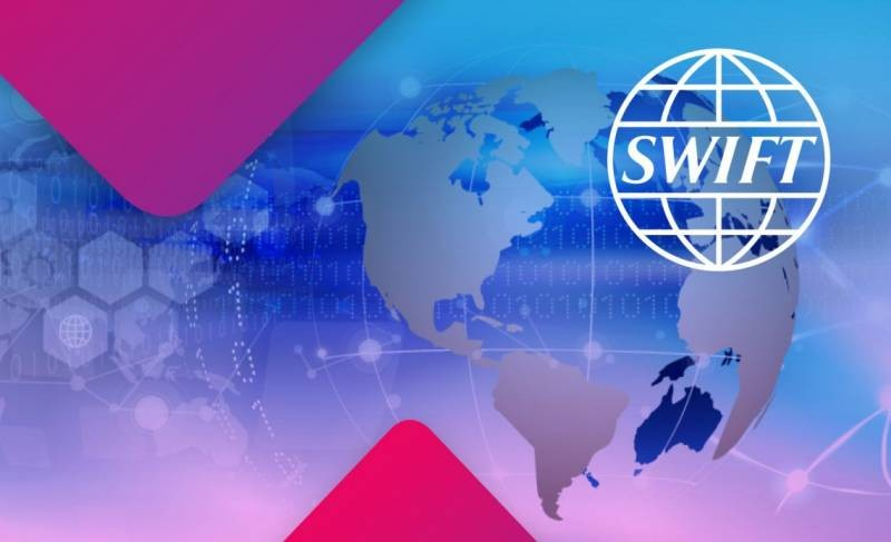 Грозит ли России отключение от платежной системы SWIFT