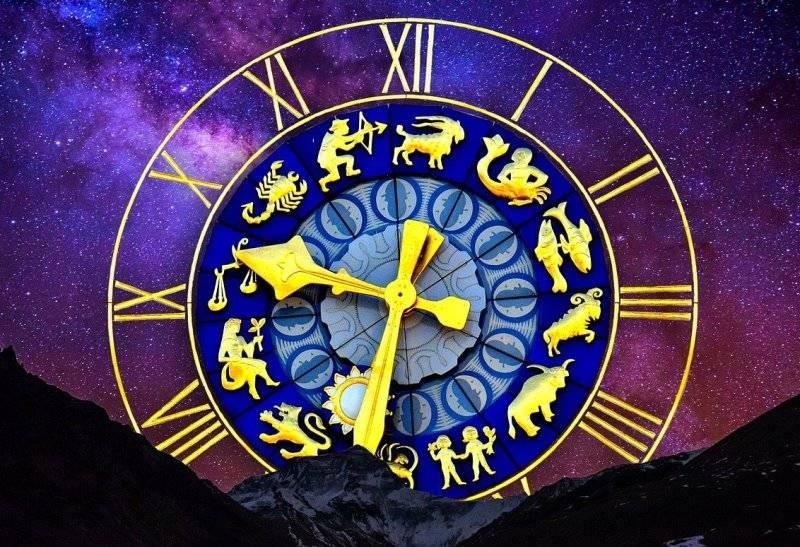 Гороскоп на 8 января 2021 года советует всем знакам зодиака посвятить этот день творчеству
