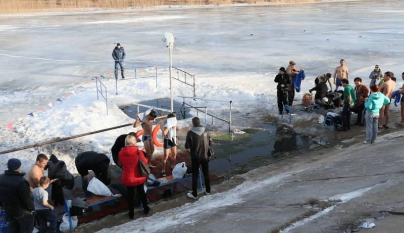 В каких местах можно купаться православным верующим на Крещение в Москве в 2021 году