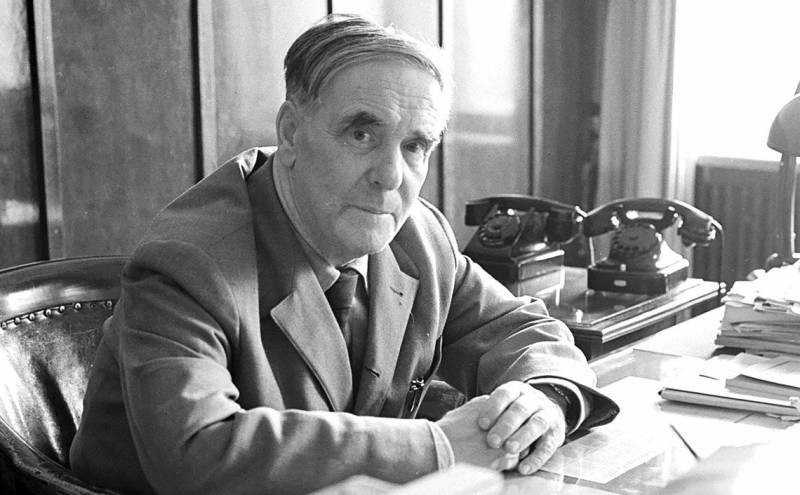 Умер один из создателей атомной бомбы Исаак Халатников