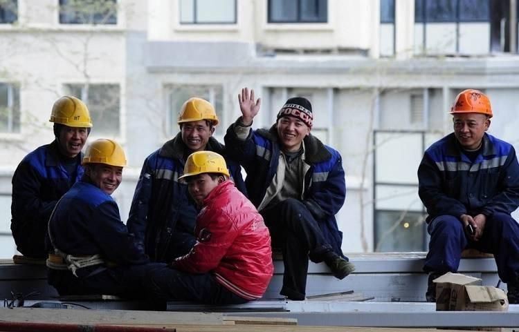 Сколько в период «коронакризиса» зарабатывают в Москве трудовые мигранты