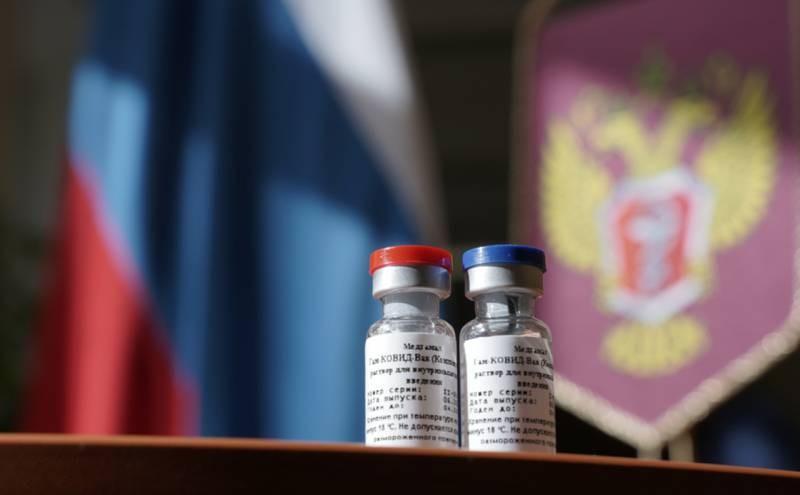 В трудовых договорах хотят ввести пункт об обязательной вакцинации
