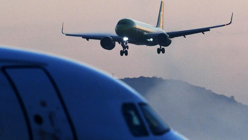 Россия возобновляет авиасообщение с несколькими странами с 27 января 2021 года