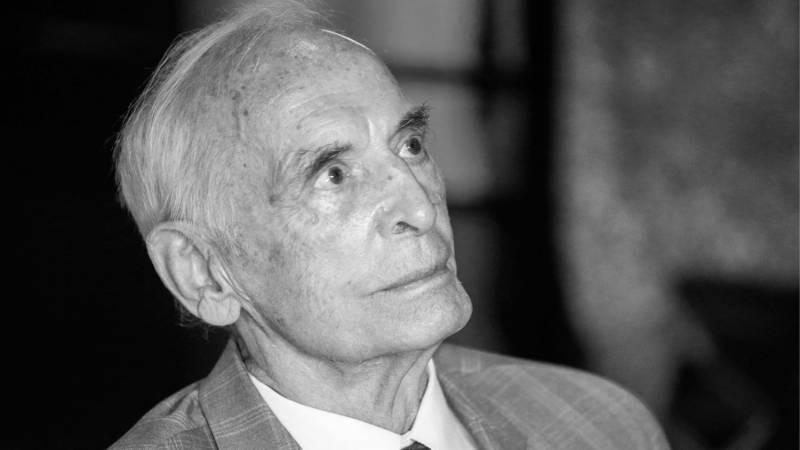 Народный артист РФ Василий Лановой скончался на 88-м году жизни