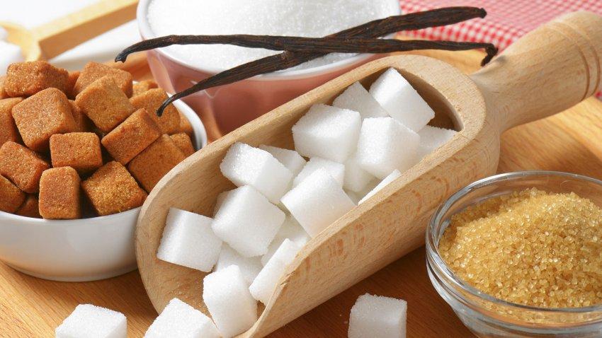 Ретейлеры столкнулись со сложностями при закупке сахара и масла