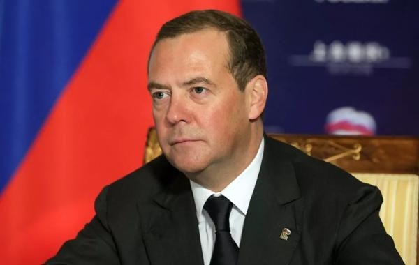 Дмитрий Медведев поставил прививку от коронавируса