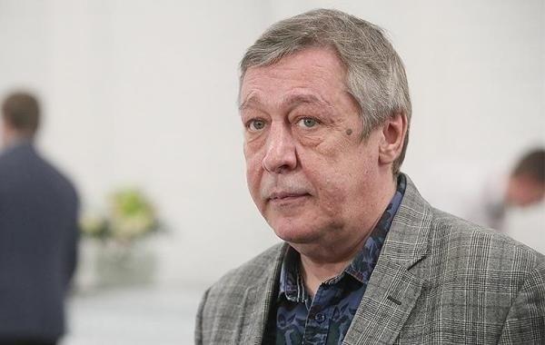 С Михаила Ефремова сняли подозрения в лжесвидетельстве