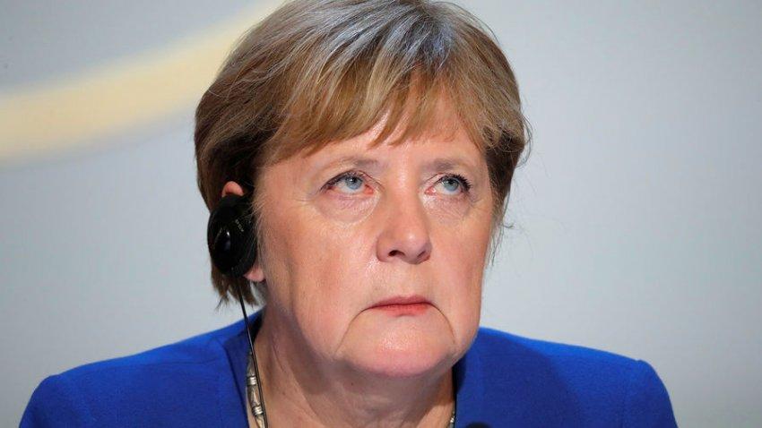 Есть ли причина, по которой Ангела Меркель может покинуть пост канцлера в 2021 году
