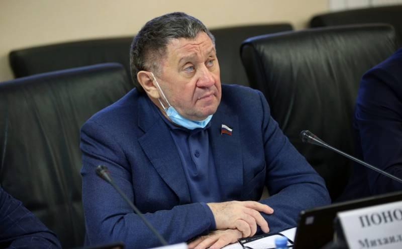 От остановки сердца скончался сенатор Михаил Пономарев