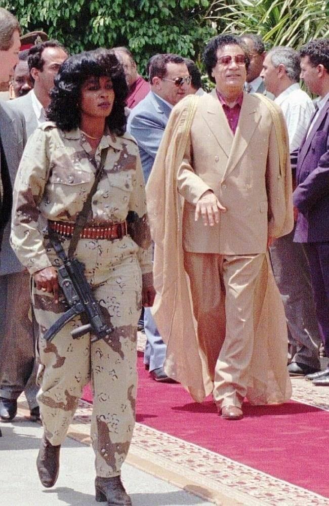 Сильные и красивые «боевые монахини» Каддафи выполняли свой долг на службе у диктатора