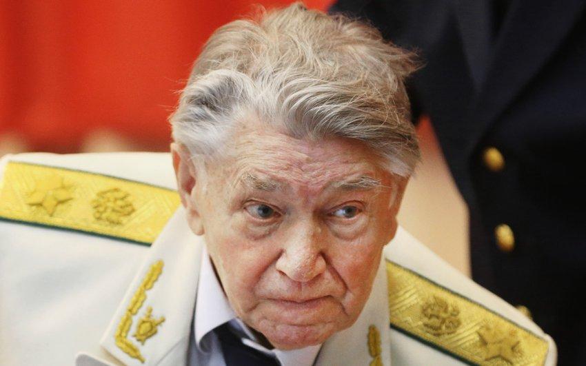 Умер бывший генпрокурор СССР Александр Сухарев