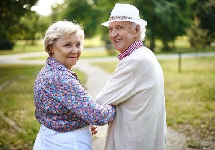 Депутаты хотят отсрочить повышение пенсионного возраста в РФ