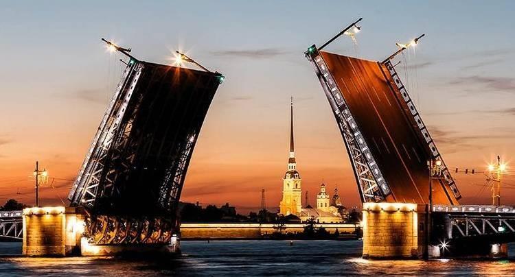 Стало известно, когда в 2021 году разводят мосты в Санкт-Петербурге