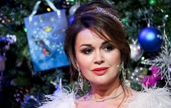 Дочь Анастасии Заворотнюк потеряла бизнес актрисы