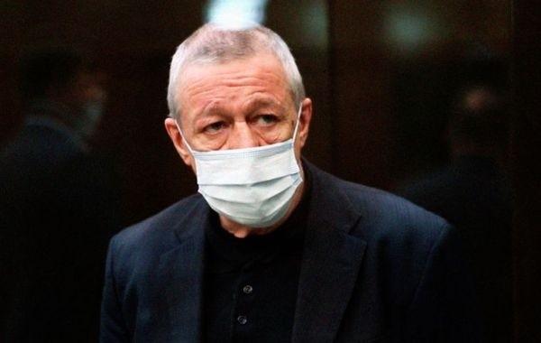 Михаил Ефремов пожаловался на проблемы со здоровьем в тюрьме